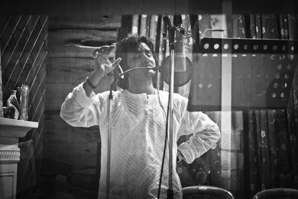 Javed Ali hits a high note for Kaafiron Ki Naamaz
