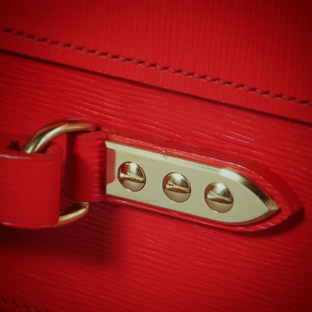 Brass to complement our signature red despatch box leather #despatchbox