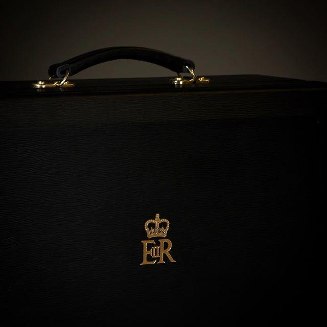 A black despatch box for greater discretion #despatchbox