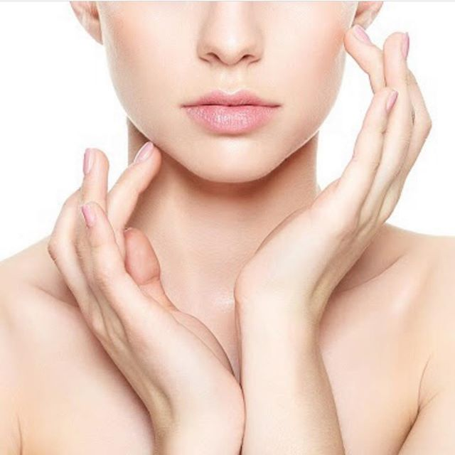 Did you know I book complimentary consultations for any skin concerns? Let me know how I can help! #medspa #antiaging #skincare #microneedling #chemicalpeel #botox