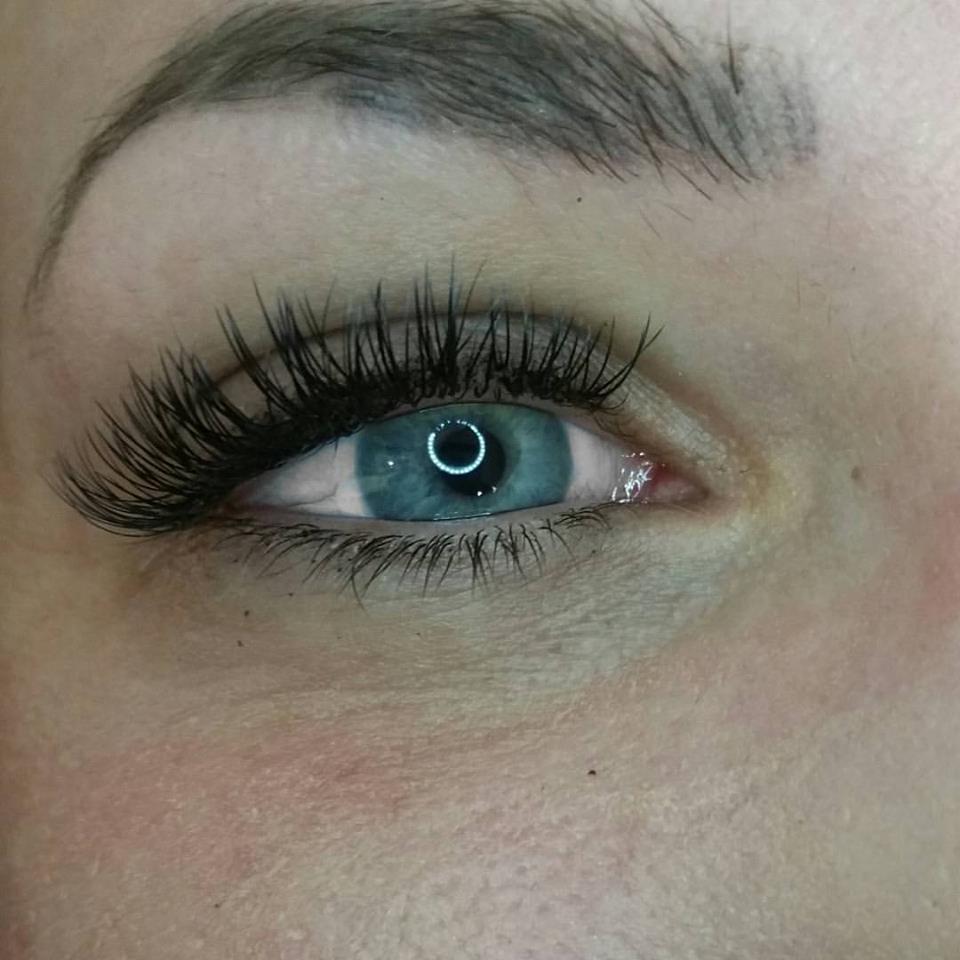 Classic Eyelash Extensions 4