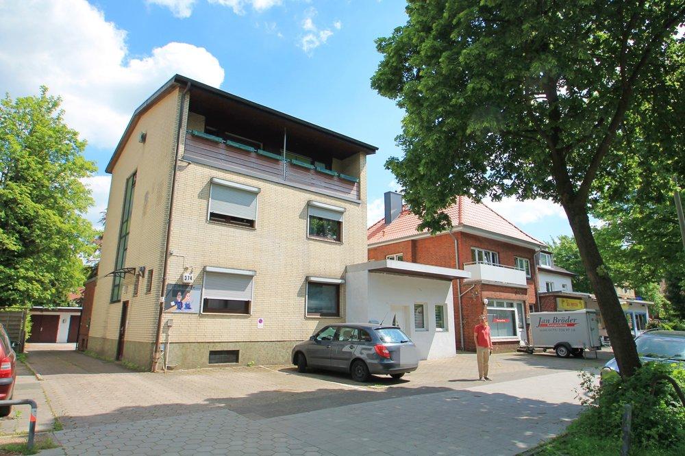 Mehrfamilienhaus - HH-Langenhorn