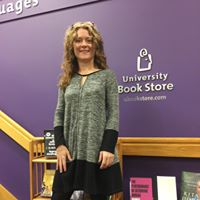 Stephanie presenting at a Fertility Panel at the University of Washington bookstore in 2016.