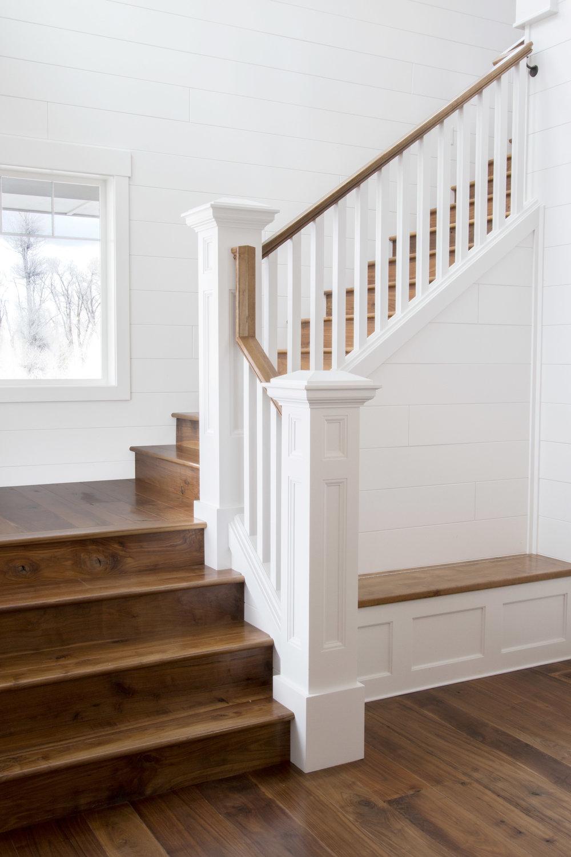 walnut_stairs.jpg