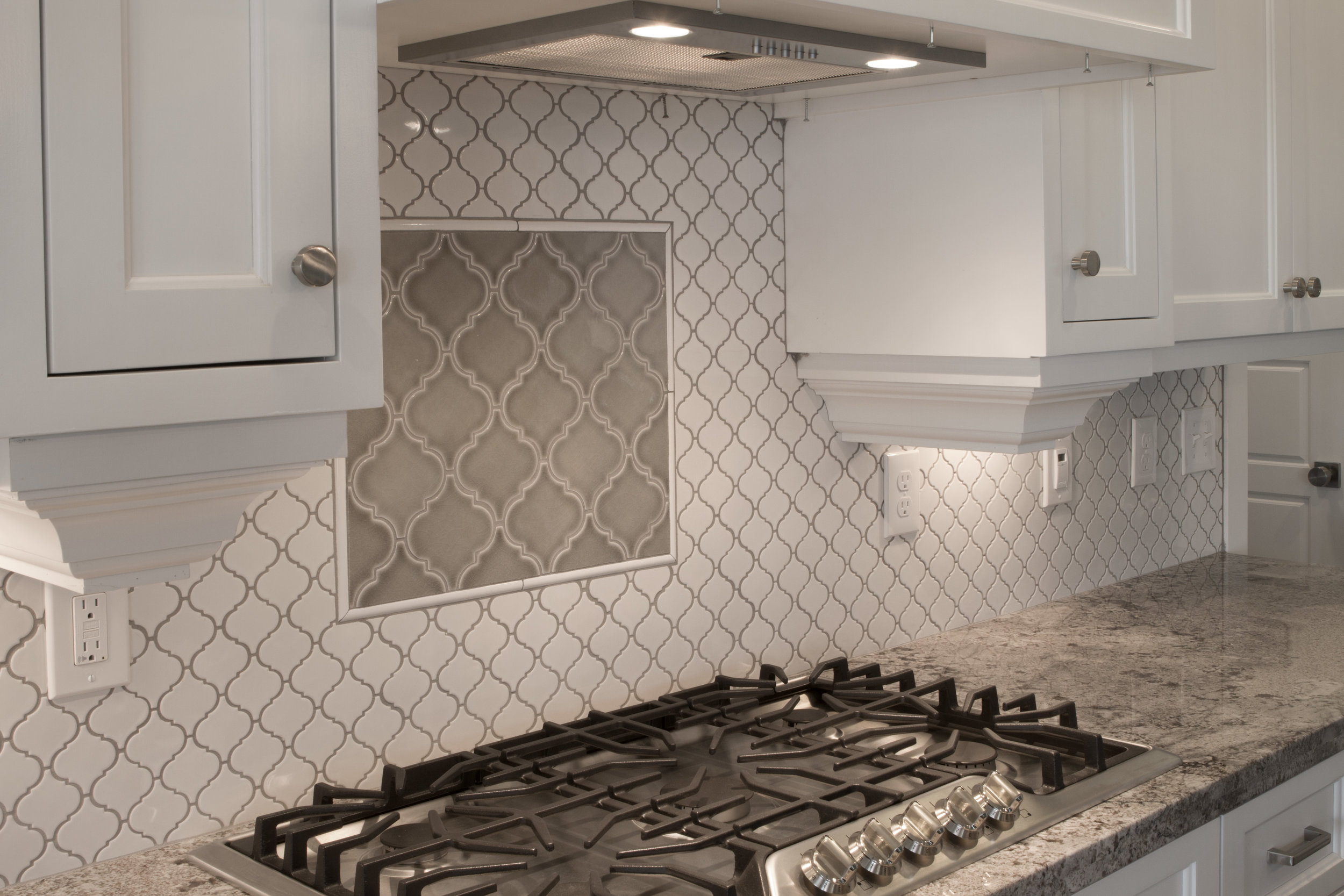 - New Kitchen & Bathroom Tile Backsplash Installation - Rigby — 5 Star