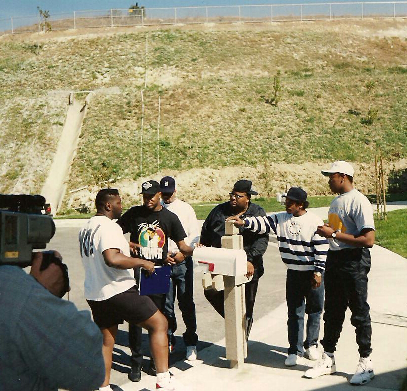 Yo MTV @ DR Dre's Crib in LA-1.jpg