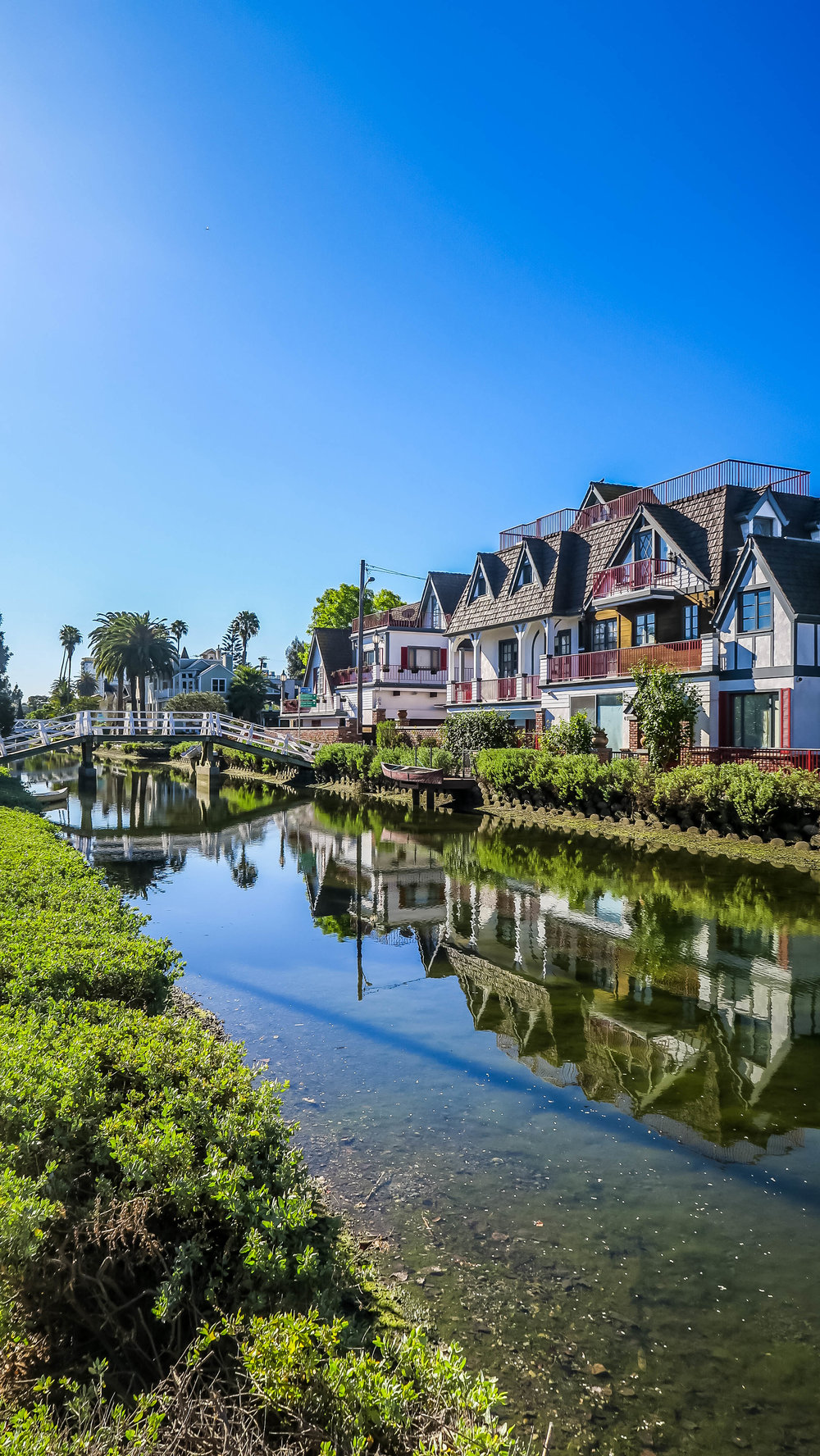 Cute houses on the Venice Canals in LA