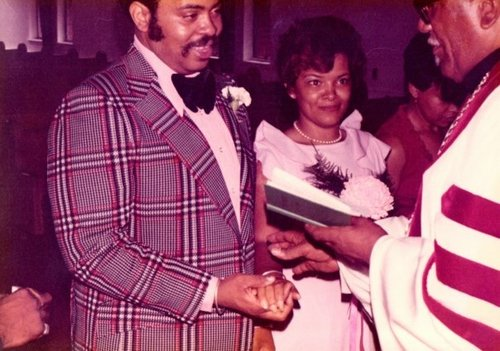 Jen (my mommie) and Big Tex (my dad) on their wedding day.