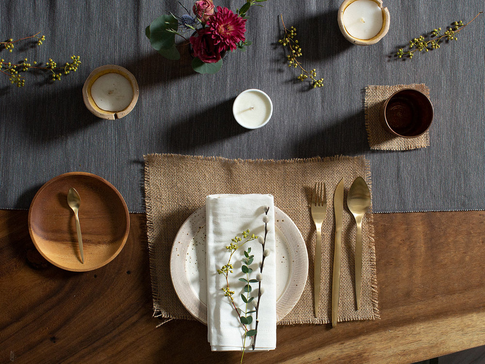 Wild and natural table setting