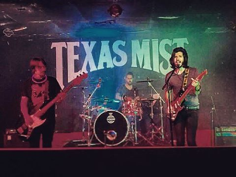 💥Great show last night!💥 Thank you for everyone who made it out late! Thank you to all the bands we shared the stage with! And thank you to the venue for having us! Cheers! ☺️🤘| 📸 @marshalllusher | #rock #rocknroll #rockandroll #rockmusic #guitar #guitars #bassguitar #drums #livemusic #hardrock #austin #austintx #livemusicphotography #musicphotography #fender #texasmist #metal #metalhead #metalheads #emptytrail #rocker #rockon #rocking #rockbands #metallica #highlysuspect #muse #grunge #grungerock #strat @bushpilotsband @three33music @texasmistlmv @dixondrums @fender
