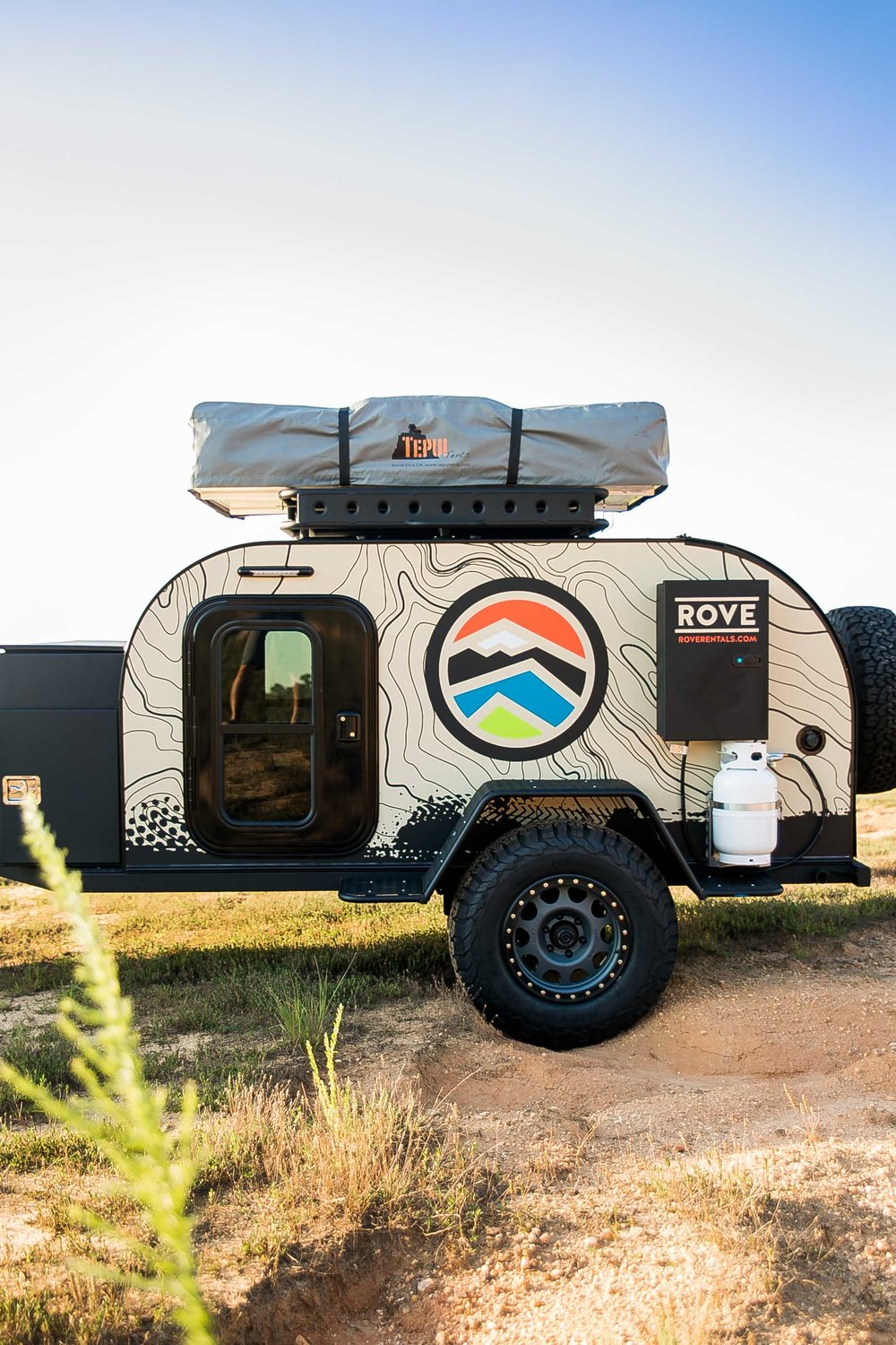 ROVE Ultimate Adventure Trailer and Rooftop Tent