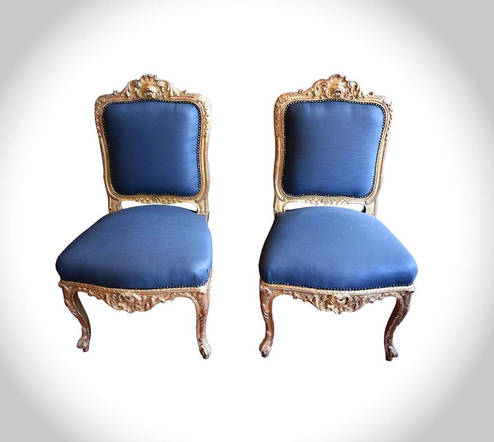 signle chairs.jpg