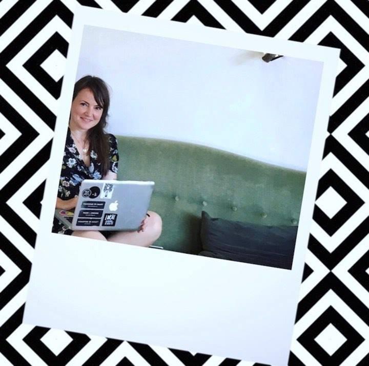 Cathrine Møller - Webdesigner & Grafisk Designer, Cand.IT i Digitalt design & kommunikation fra IT-Universitetet i København.Se mere af mit arbejde her:www.digitaltdesign.com