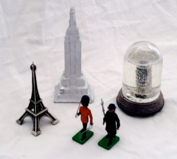 Souvenirs from around the world. What do yours say about you? Image: Wikimedia Commons.