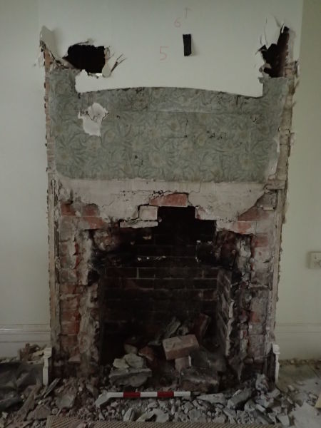 The original wallpaper visible behind the 1920s surround in the previous photograph. Image: F. Bradley.