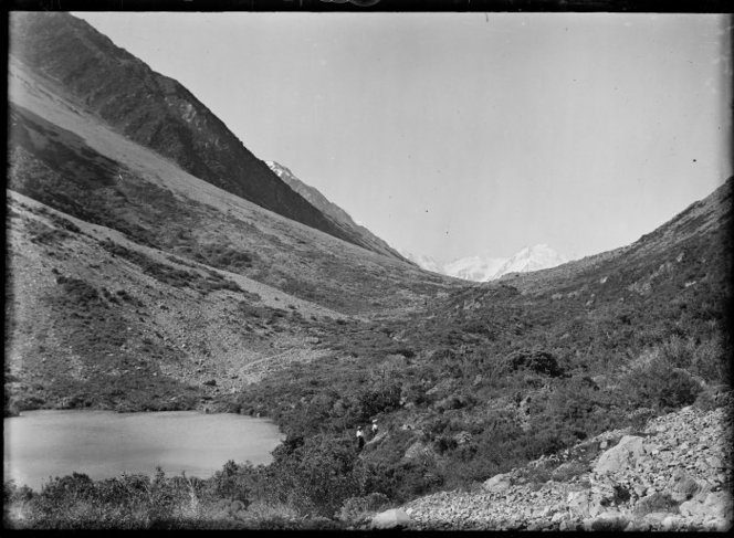 The Ball track, 1907. Image: On the track to Ball Hut, Mt Cook. Gifford, Algernon Charles, 1862-1948 : Albums and photographs. Ref: PA1-o-186-07. Alexander Turnbull Library, Wellington, New Zealand. http://natlib.govt.nz/records/22916634