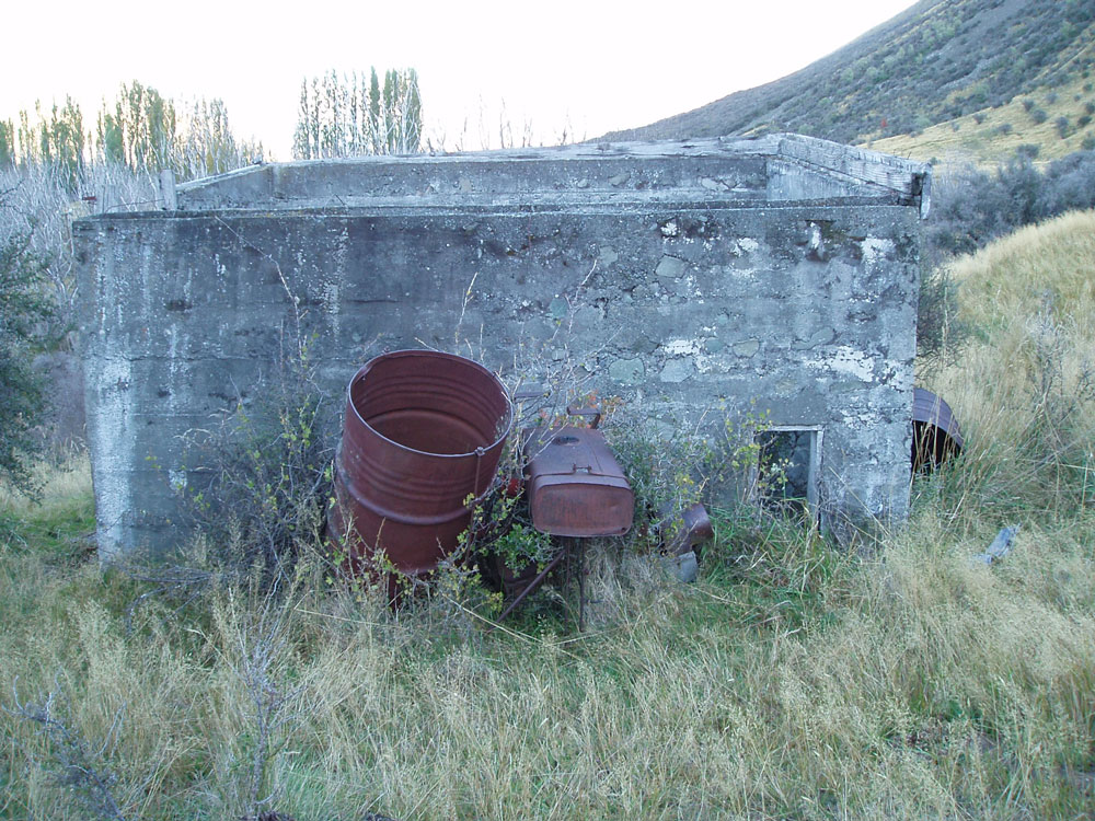 The shed that housed the pelton wheel (which remains inside) for the hydropower scheme. This was installed by the 1938 skating season. Image: K Watson.