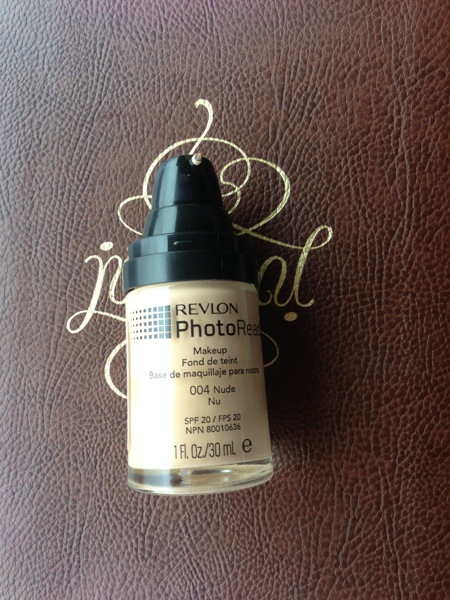 Revlon Photoready foundation 004Nude