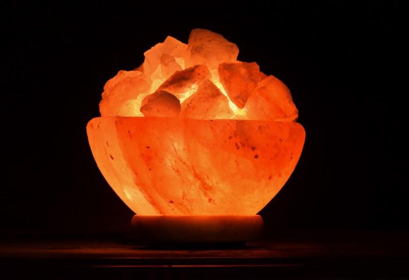 Salt lamp.