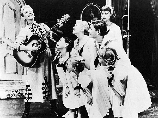 Who: #MaryMartin #TheodoreBikel #PatriciaNeway #rogerandhammerstein What: #SoundOfMusic When: Closed on June 15, 1963 Where: #MarkHellingerTheatre #BroadwayHistory