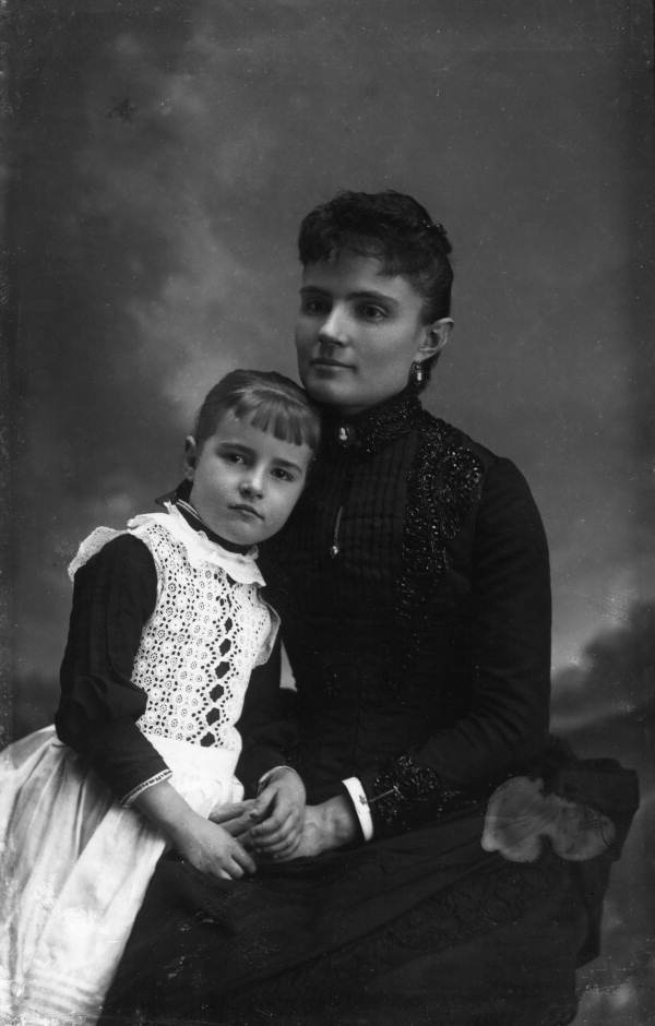 Ames and Her Mother 1893