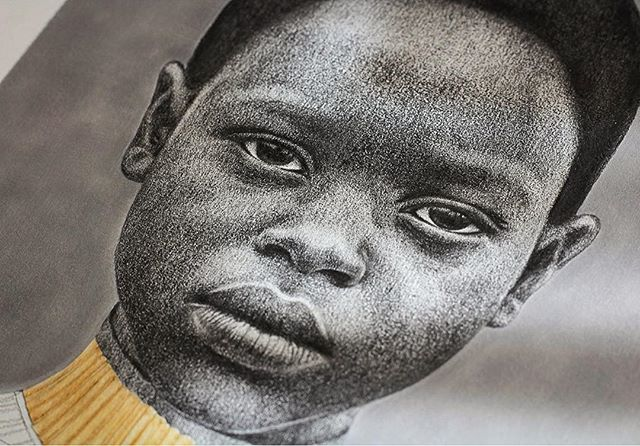 Pixel Detail / Boy  Graphite on paper  #felipebedoya #draw #graphite #portrait #pacific #niño #boy