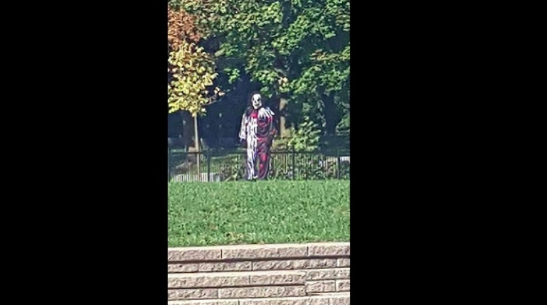 Group of clowns threaten, taunt TCDSB students - A number of high schools were threatened on social media by a group called