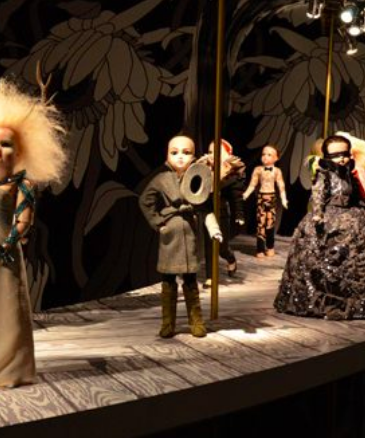 VIKTOR & ROLF DOLLS AT THE ROM - The Royal Ontario Museum opened its doors to the public on Friday, allowing everyone free access to specific parts of the museum, including the fashion-focused Viktor & Rolf Dolls exhibit (running until June 30).