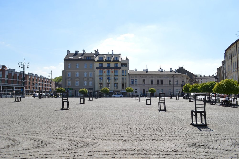 Empty Heroes Square is a monument dedicated to the heroes of the Krakow Ghetto, on the site where they were deported.