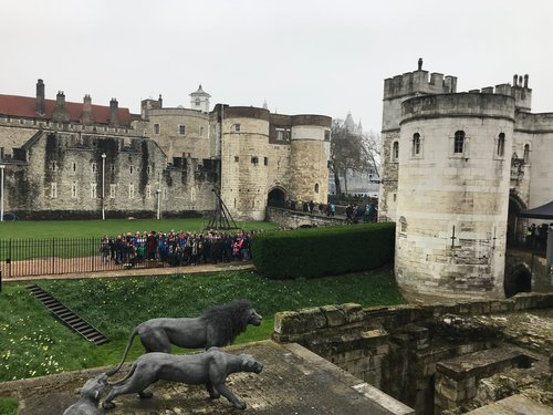 Animals like lions would have roamed the castle grounds back when it was in use. Mesh sculptures of animals are featured all around the Tower of London to help get a feel of what it would look like.