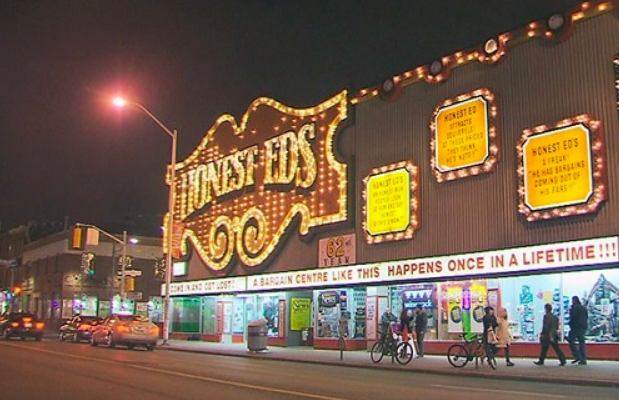 Toronto could be getting brighter with plan to open a neon museum - The neon lights along Yonge Street in downtown Toronto are slowly dimming. But an outdoor museum has been proposed that would preserve the popular signs that the city knows and loves.