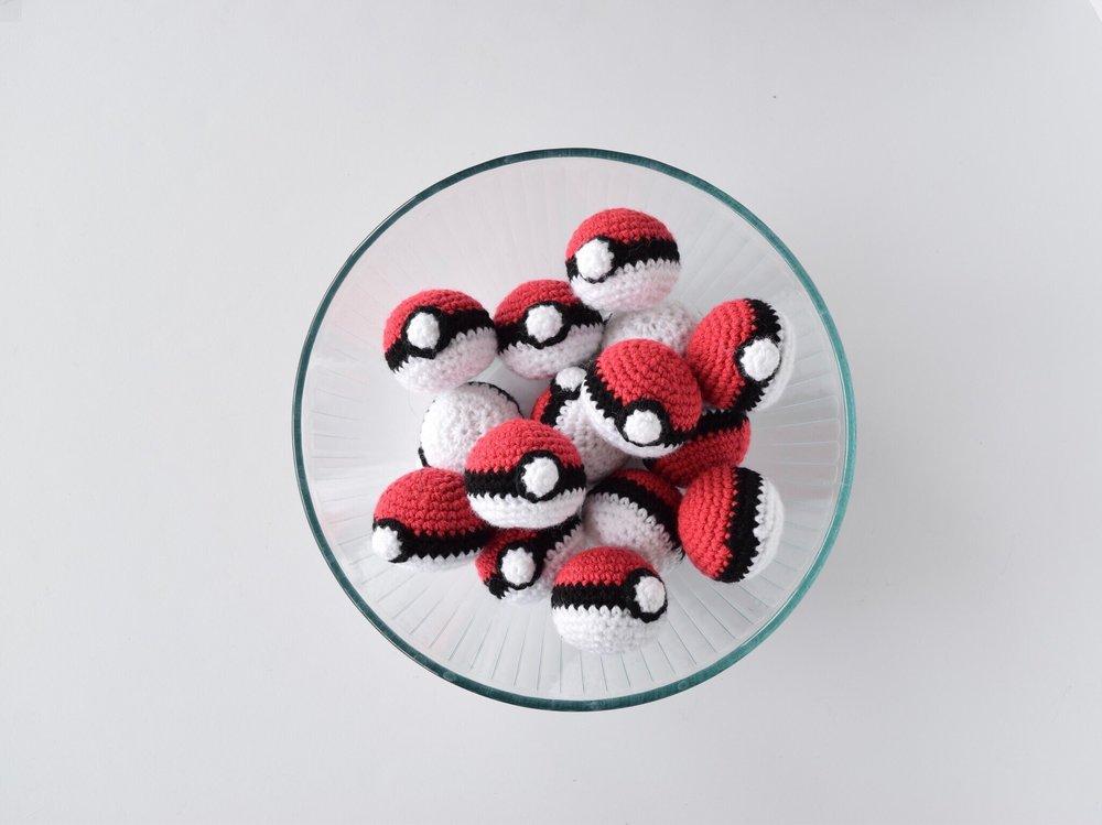 Mini Pokeballs Knot Bad