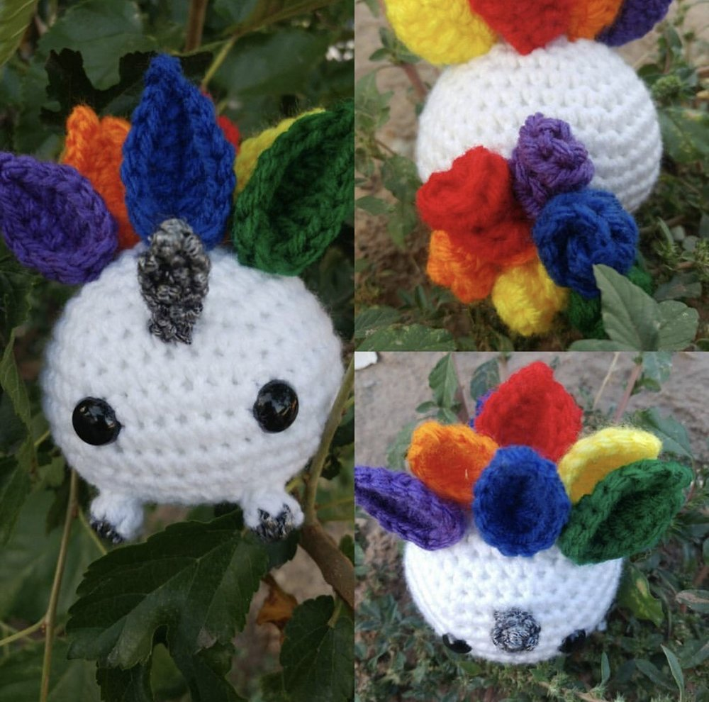 Unicorn Oddish made by @crochetingcountess