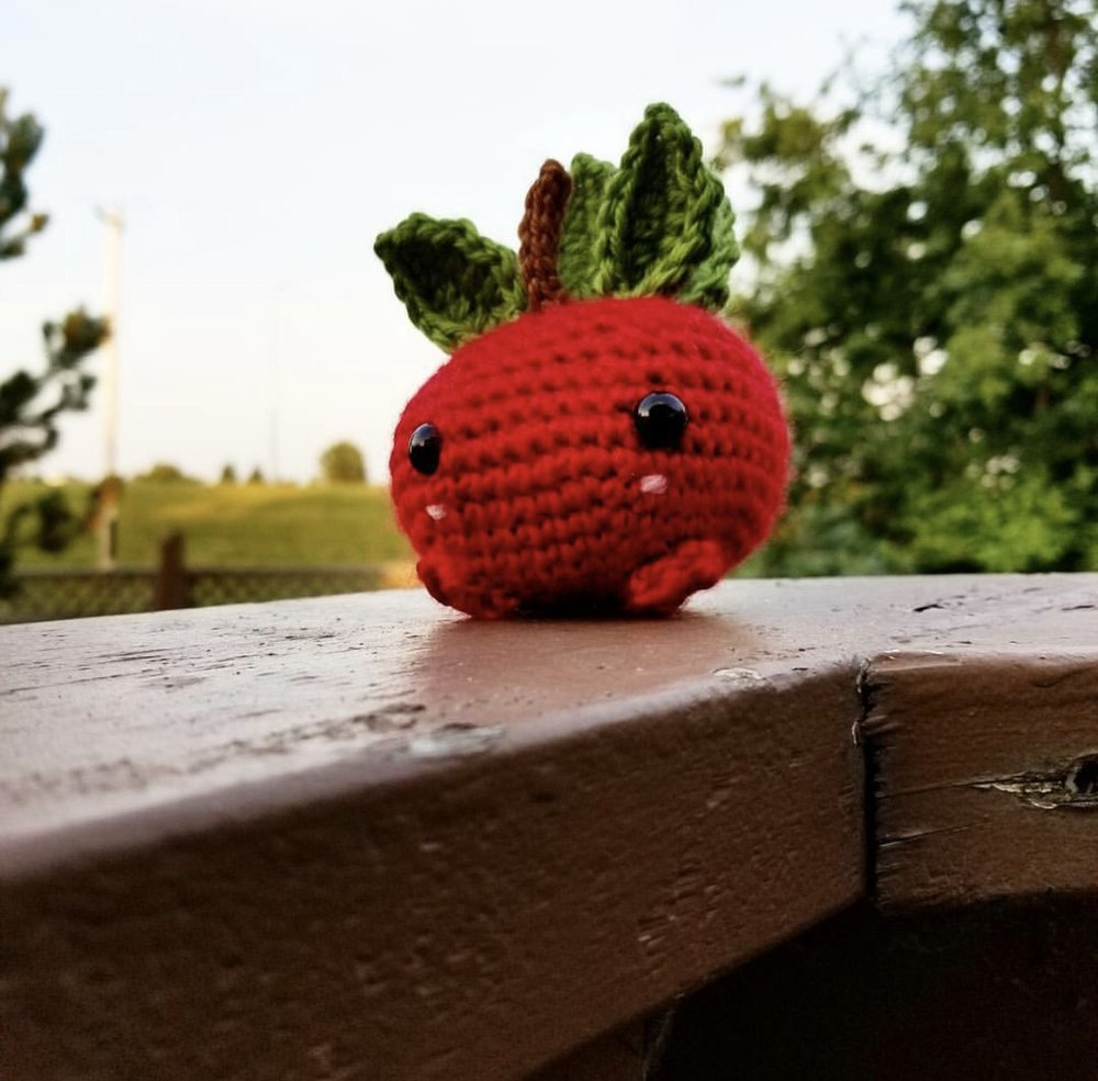 Apple Oddish made by @purplemnmz
