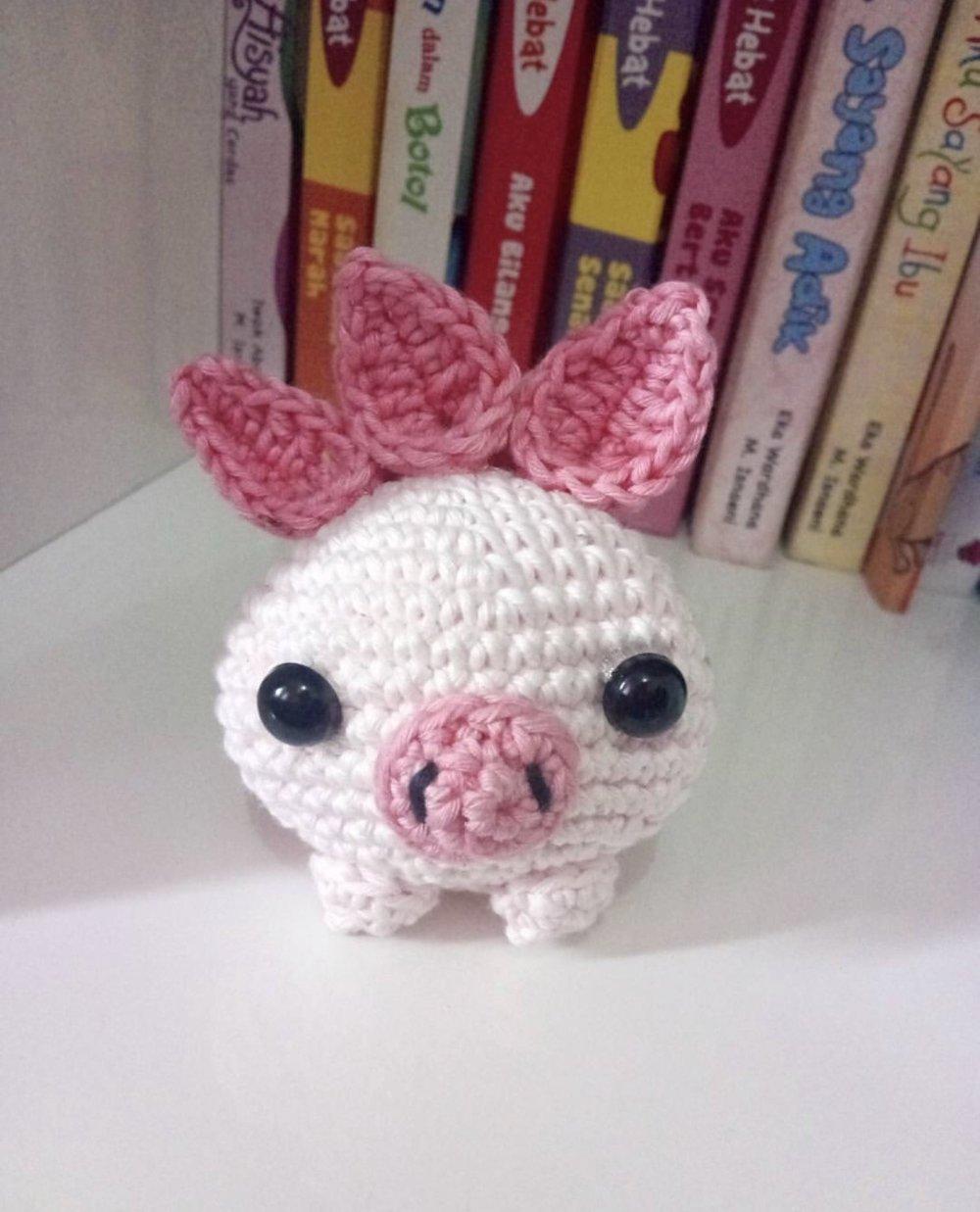 Pig Oddish made by @anjalihandmade