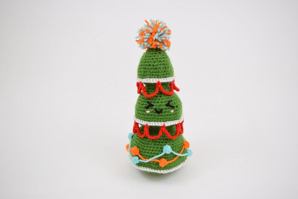 Eve the Christmas Tree (Jumbo) - Free Amigurumi Pattern