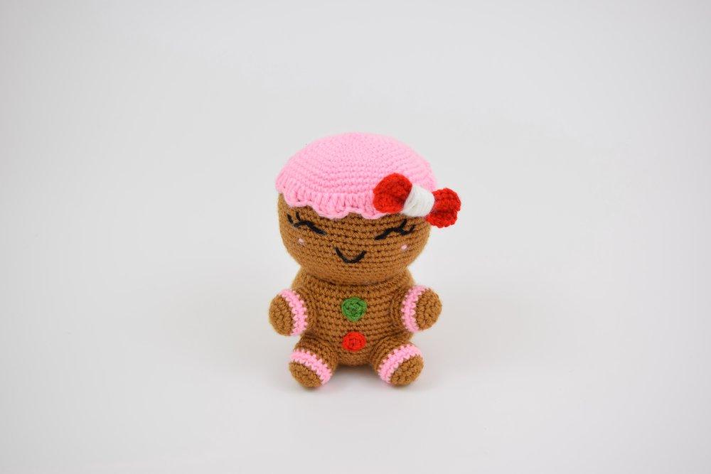 Charlie the Gingerbread Woman (Jumbo) - Free Amigurumi Pattern