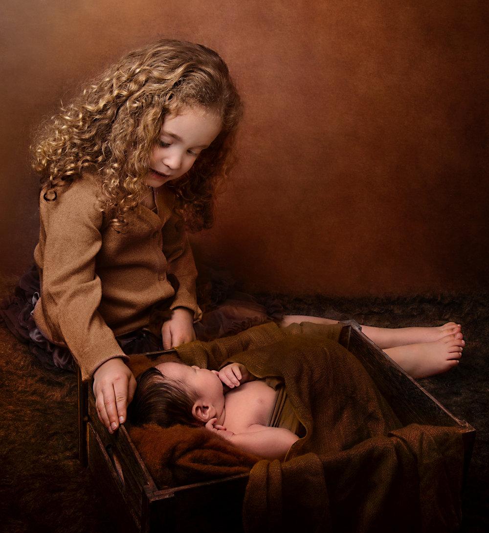 siblingsv.jpg