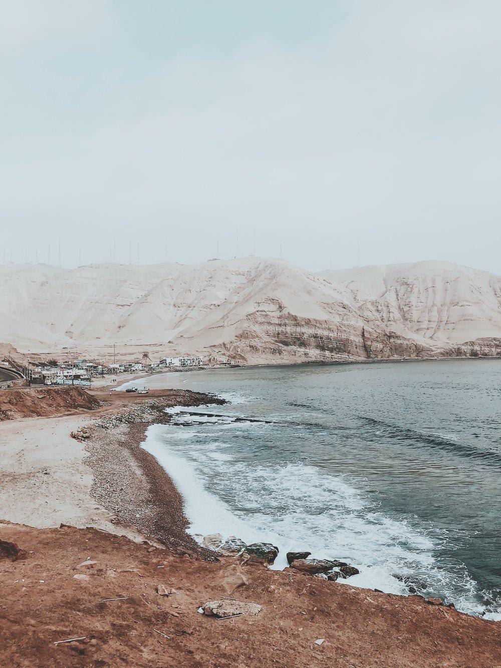 La herradura, Chorillos - Peru - fotos @ danmagatti  com iPhone 8 plus