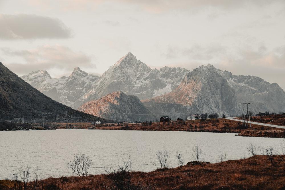 @danmagatti_lofoten_islands_norway_hattvika_lodge_7.jpg