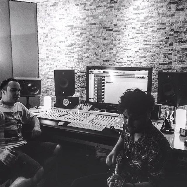 ¡Hoy grabando guías con Lebel! #recording #albantestudio www.albantaestudio.com