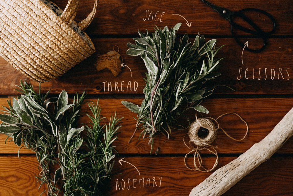 smudge-stick-sage-rosemary-diy