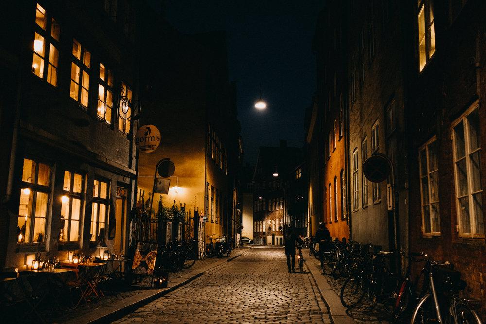 copenhagen-night-street