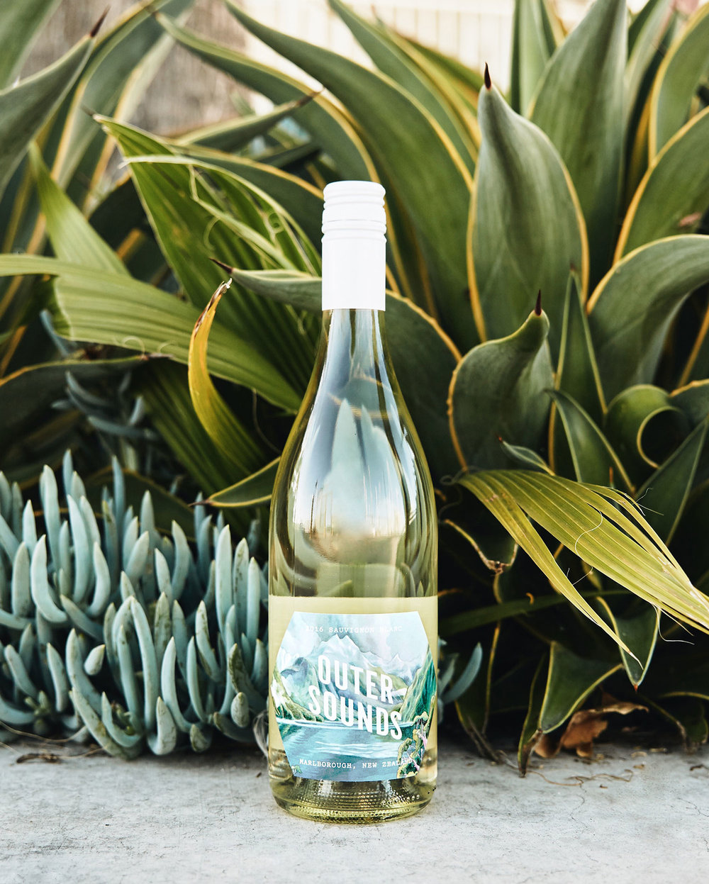 Outer Sounds Sauvignon Blanc