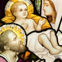 Jesus-Mary-and-Joseph-Stained-Glass.jpg
