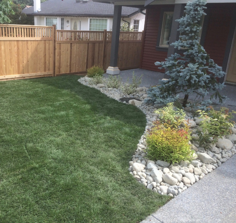 nanaimo landscapers - new house jinglepot landscaping