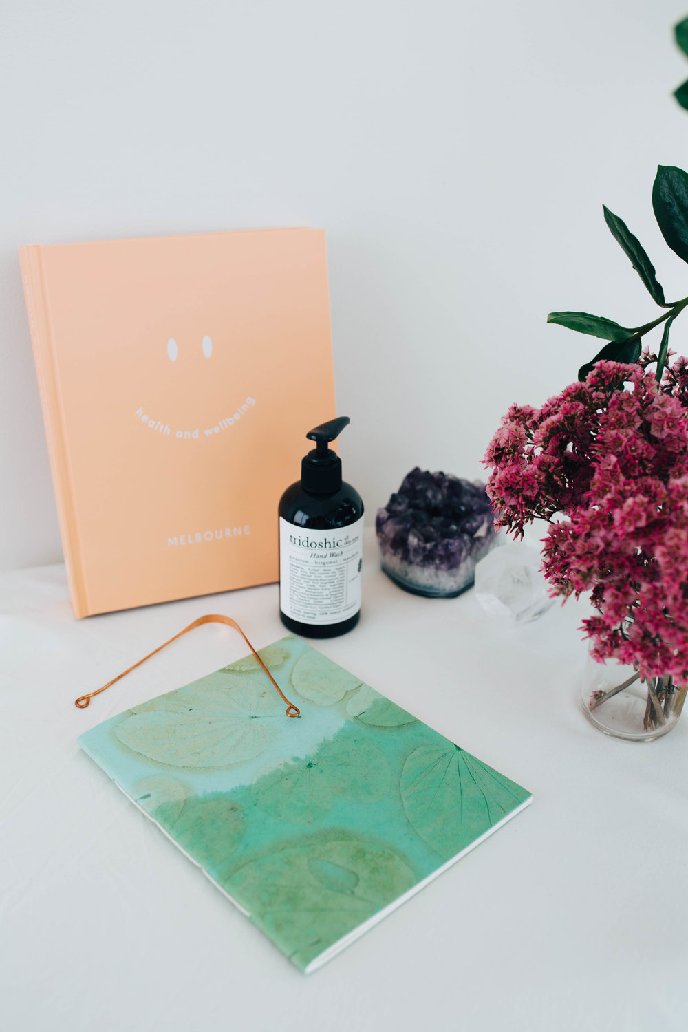 --- $75 gift ---- + 'Health and Wellbeing - Melbourne' book (with all the places and spaces in Melbourne to learn/eat/workout) + Rasasara tridoshic hand wash 240ml + Handmade paper notebook from Auroville, India + Copper Tongue Scraper