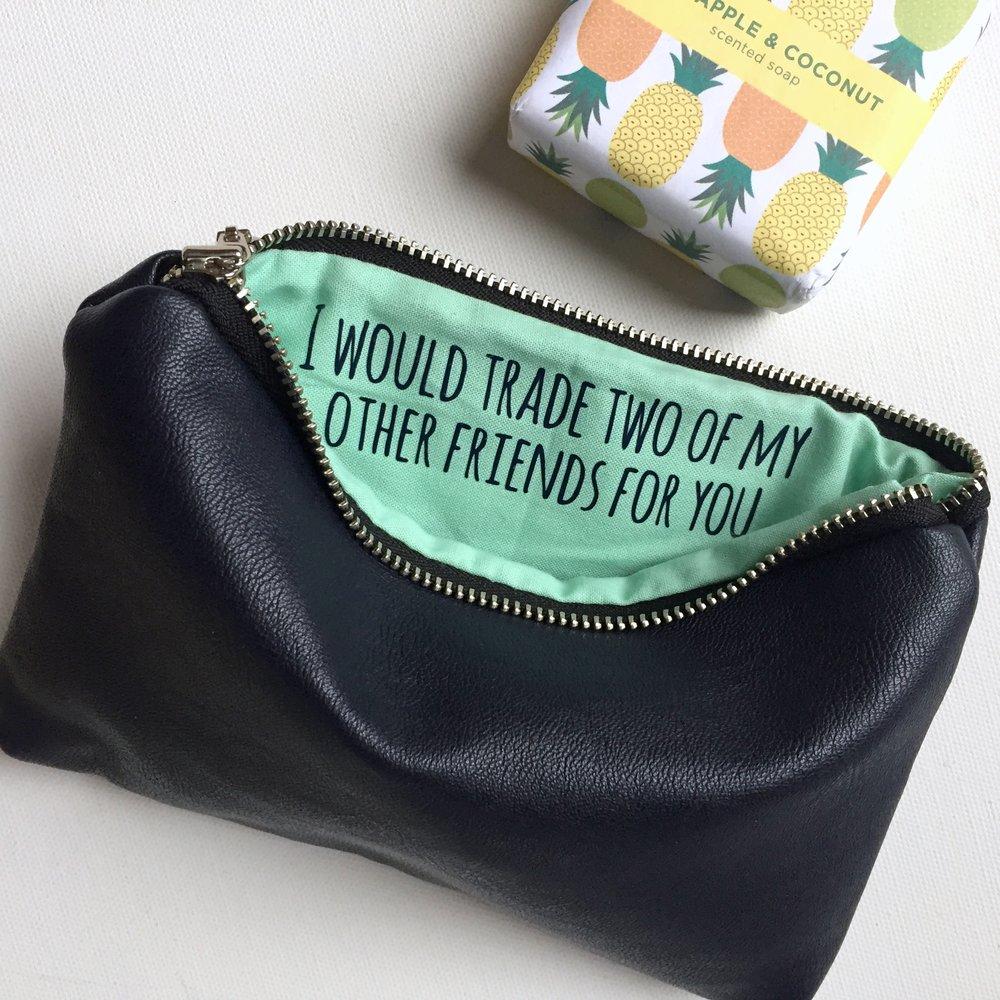https://www.shopsandrasmith.com