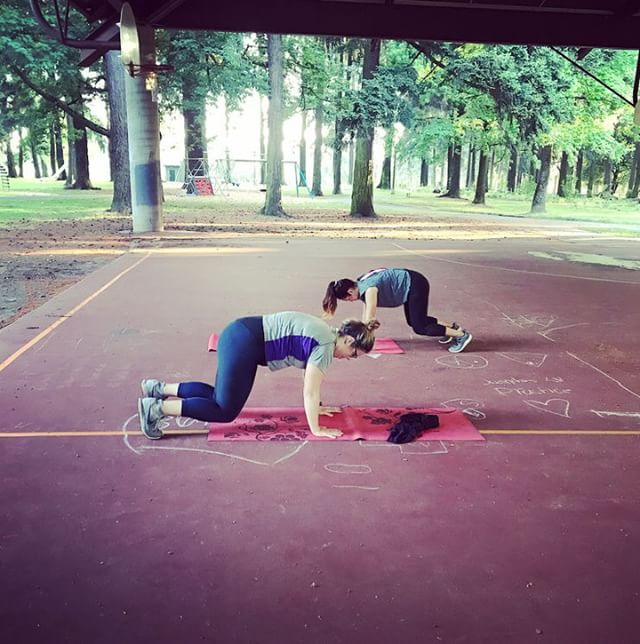 A little glimps at our fun circuit this morning! We worked straight through 20 seconds each of: bear crawl, low bear plank, pushups, sit-throughs, glute bridges, dead bugs, shin boxes, and mountain climbers followed by one minute rest. Rinse and repeat four times! Shhh. Its a sneaky core workout.  # # #portlandoutdoorfitness #bootcamp #sproutwellness #portlandfitness #functionalfitness #cultivateyourhealth #trainingforlifesadventures #getoutside #fitfam #community #outdoorfitness #corestrength #outdoorbootcamp #postpartumfitness #hiit #portlandoregon #fitness #trainoutside #pnwonderland #functionaltraining #strengthtraining #portlandia