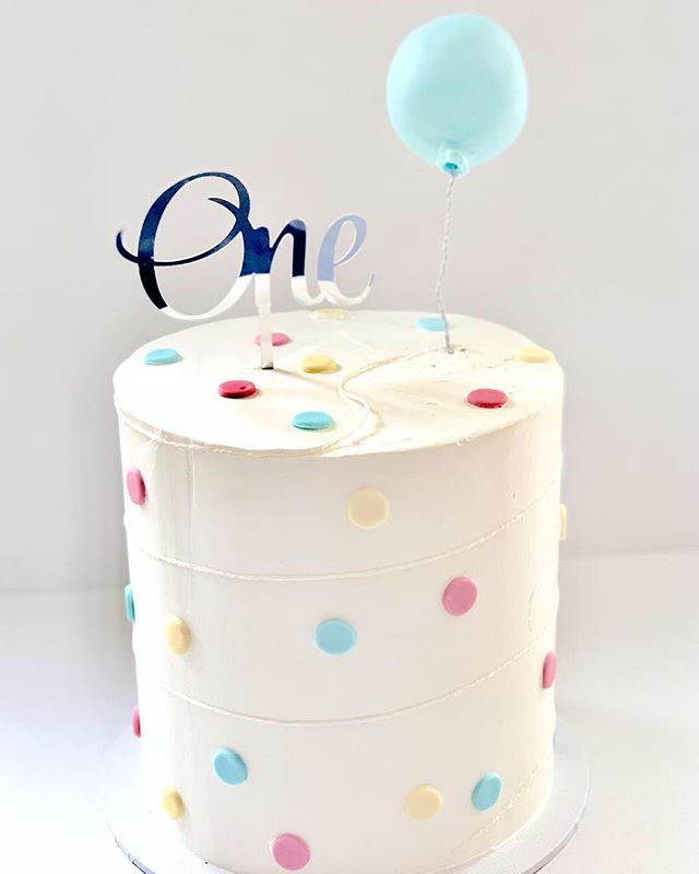 1st Birthday cake with Fondant detail #one#caketime#party
